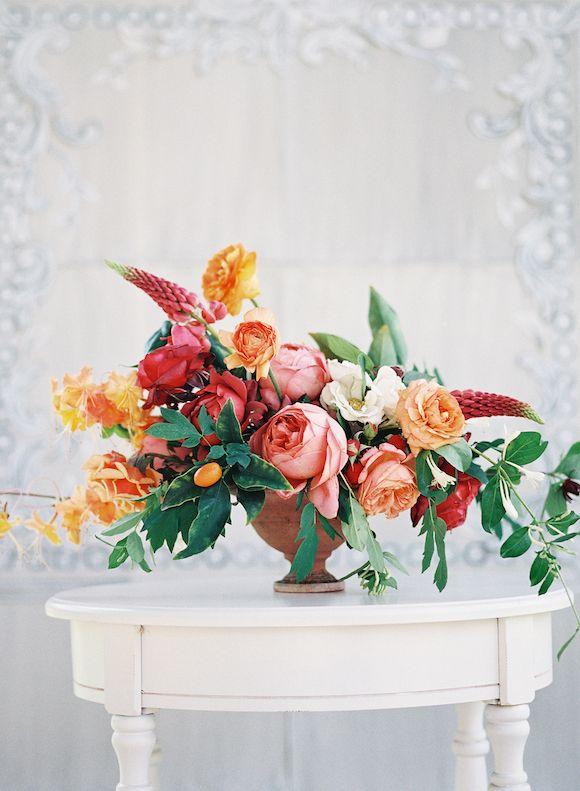Best Spring Wedding Bouquets | Wedding Sparrow | www.weddingsparrow.co.uk