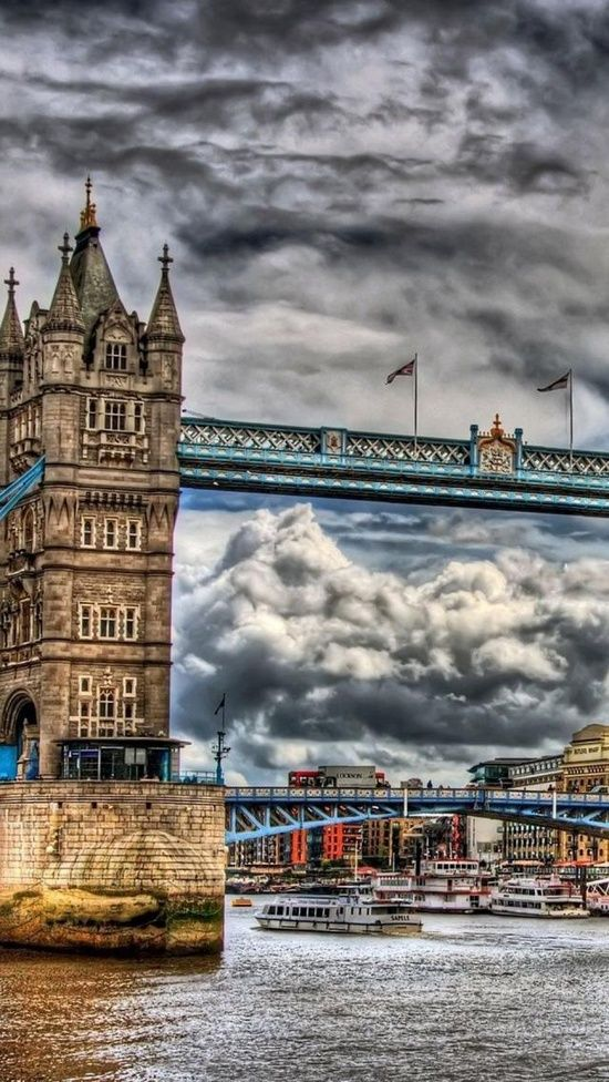 Tower Bridge, London, UK | Cool Places Even if its photo shopped, that's how the weather is a lot of the time