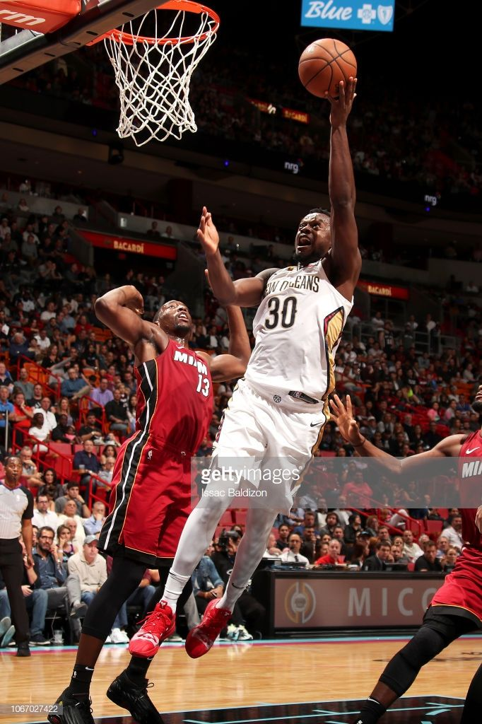 6e7aaf01f10 Julius Randle of the New Orleans Pelicans shoots the ball against ...