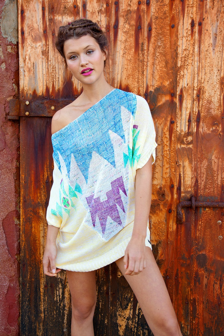 Find your style with Desigual shirts and Dresses!