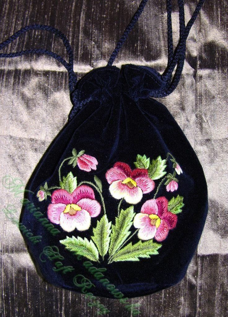 Łowicki Haft Ręczny - Marianna Madanowska // Polish embroidery, Łowicz