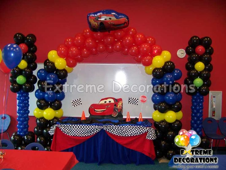 Cake Table Decorations With Balloons : 17 Best images about Cars on Pinterest Cars, Balloon ...