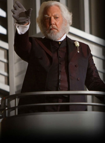 Day-02 least favorite character is president snow, HA! more like MOST HATED FREAKING CHARACTER IS MR. BLOOD BREATH!!! >:(