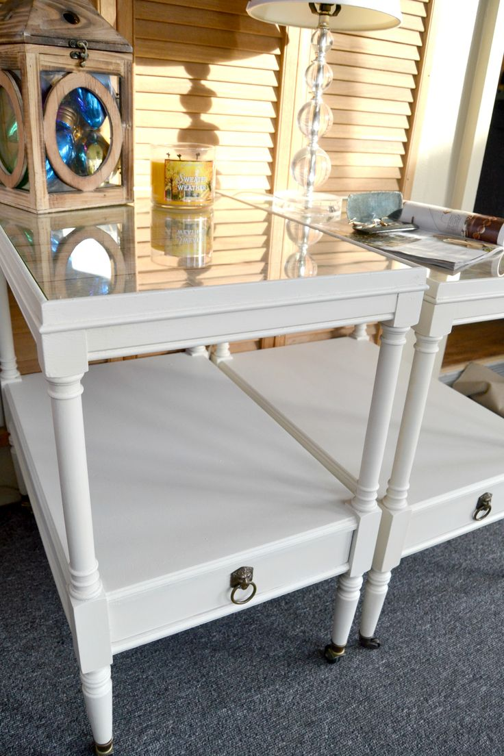 Country White End Table Makeover from MyCreativeDays.com