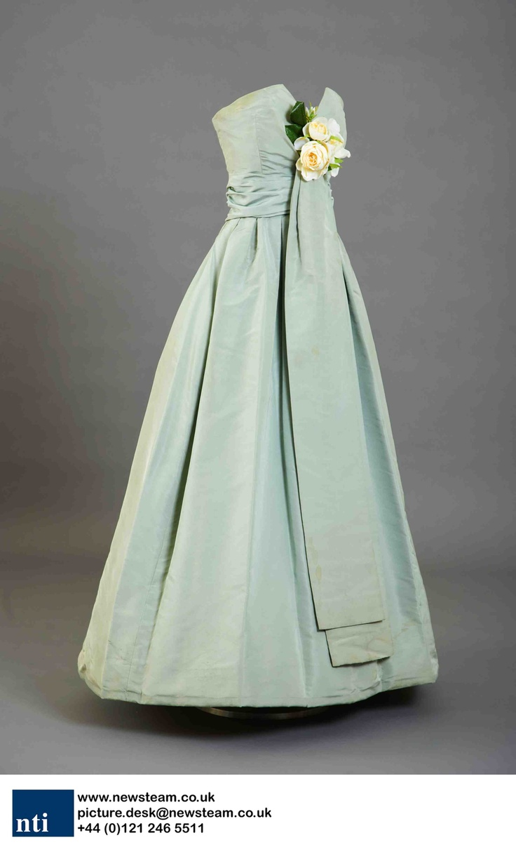 Christian Dior dress worn by a debutante during the 1958 Season. The dress is displayed at Kensington Palace, London