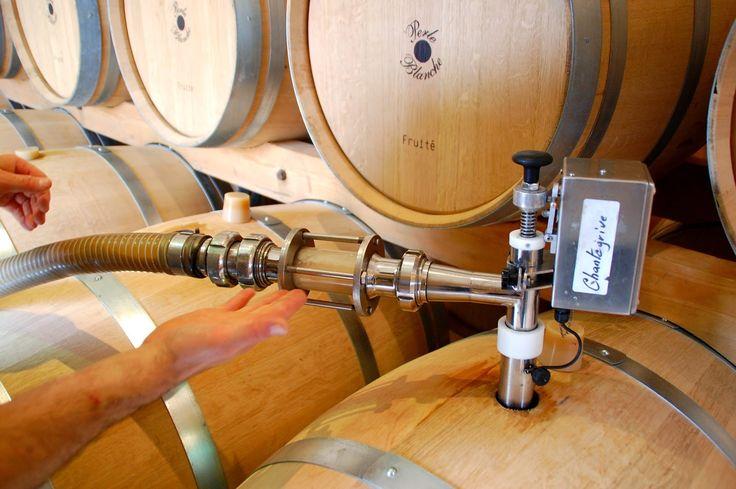 Les thermes de Chantegrive : Soutirages et Thalasso de barriques ! wine racking #wood #chantegrive #ugcb #caroline http://my-weekly-chantegrive.blogspot.fr/
