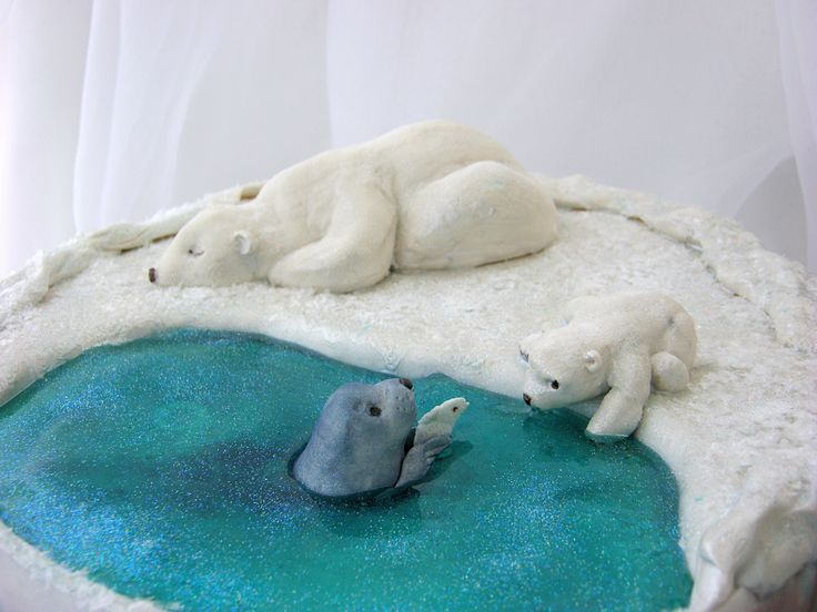 https://flic.kr/p/pM2mPy | Polar Bear Cake