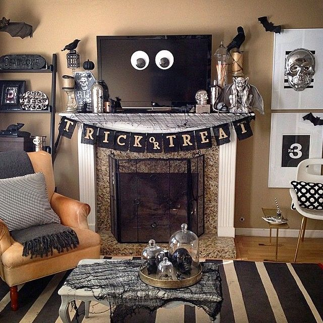 Halloween living room decor with black, white and metallic! This  HomeGoodsHappy image via Instagram - Best 25+ Halloween Living Room Ideas On Pinterest Fall Fireplace