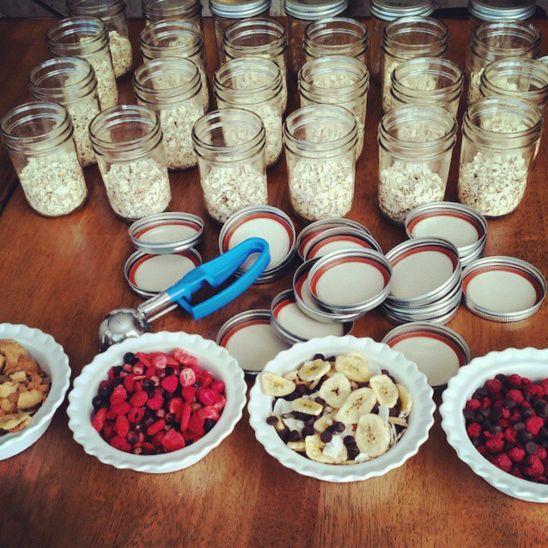 """Instant"" Oatmeal Jars – Easy Breakfast Meal Prep http://cleanfoodcrush.com/instant-oatmeal-jars/"