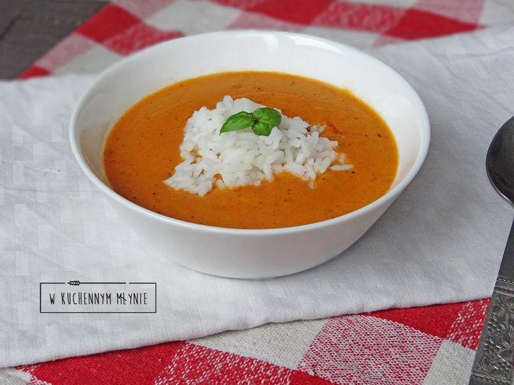 Zupa krem z pomidorów z mlekiem kokosowym