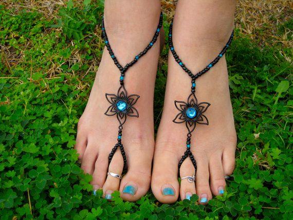 Zwart met Teal bloem Barefoot Sandals, Slave Anklet, voet thong, enkel armband met teen ring