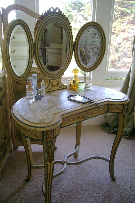 marble top vanity