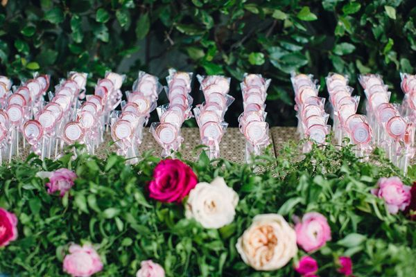 lollipop escort cards - photo by Lovers of Love Photography http://ruffledblog.com/palm-springs-wedding-with-tattooed-rockers