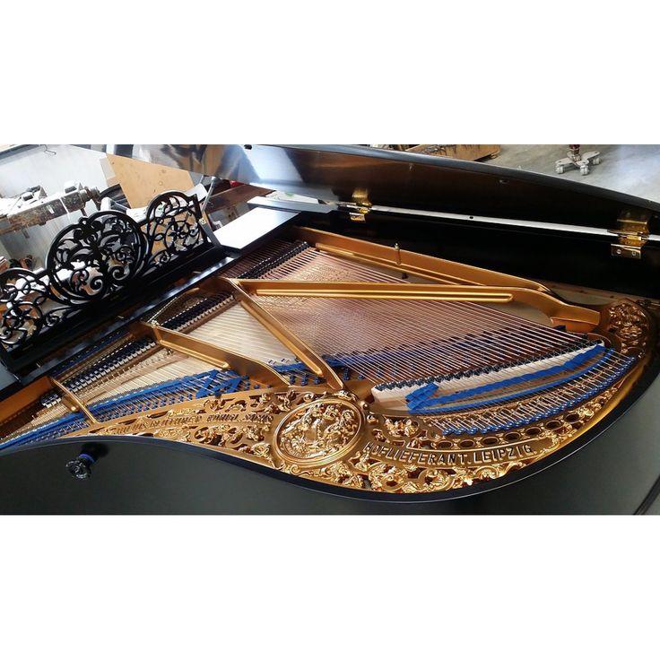 les 25 meilleures id es de la cat gorie piano queue prix sur pinterest piano pleyel le plus. Black Bedroom Furniture Sets. Home Design Ideas
