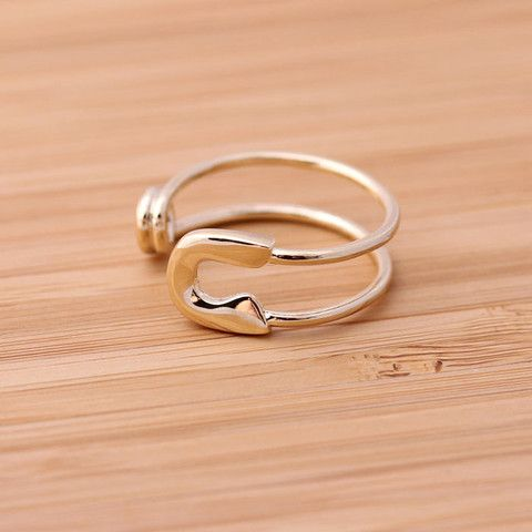 safety pin ring, adjustable in gold $15 (shipping cost incl')