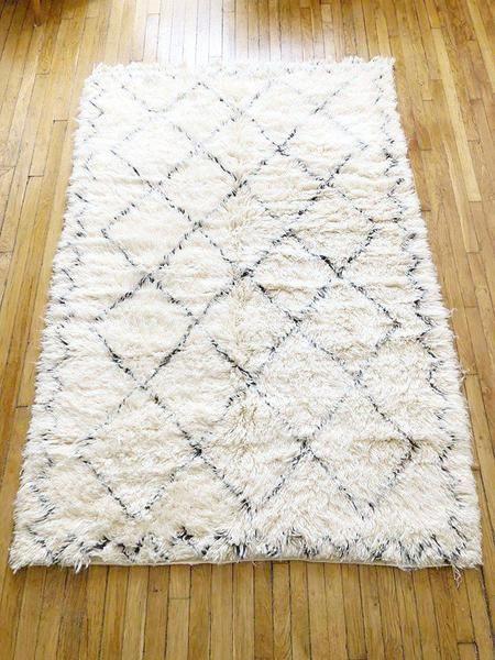 tapis beni ouarain beldy moroccan rugs rugs shag rug decor rh pinterest com