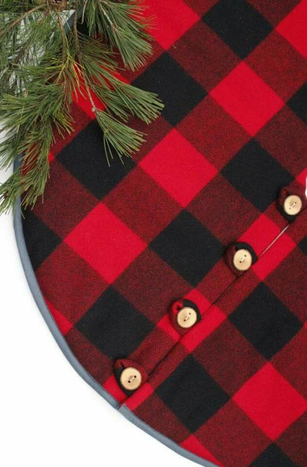 Buffalo Check Tree Skirt ♡ Christmas Pinterest