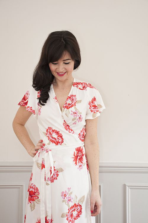 It's about time we brought you a new printed pattern! Meet our beautiful new lady, Eve! Eve is aversatile wrap dresswith endless potential. With two stunning variations creating completely different looks, there's so much fun to be had with this pattern! Whether you go boho romantic for summer garden parties or sleek and elegant for …