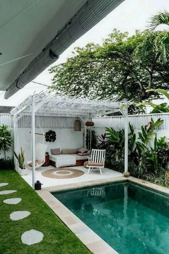 Amazing Pool Ideas Perfect For Small Backyards Decor Around The World Swimming Pools Backyard Small Backyard Pools Backyard Pool Designs