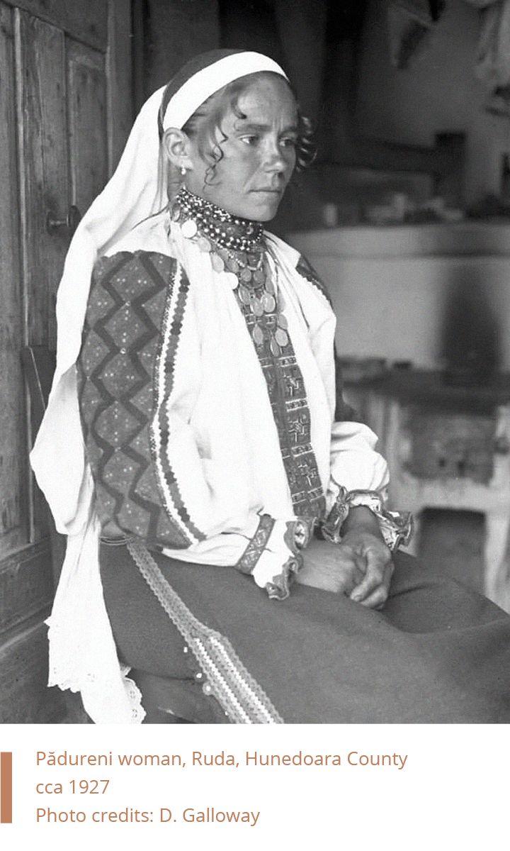 Folkwear-Society-Typology-woman-Padureni