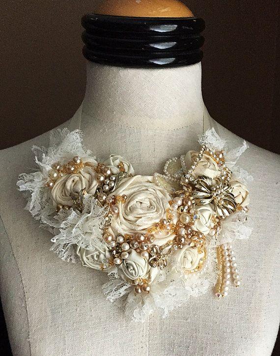 SWEET CREAM Ivory Beaded Textile Lace Bridal por carlafoxdesign