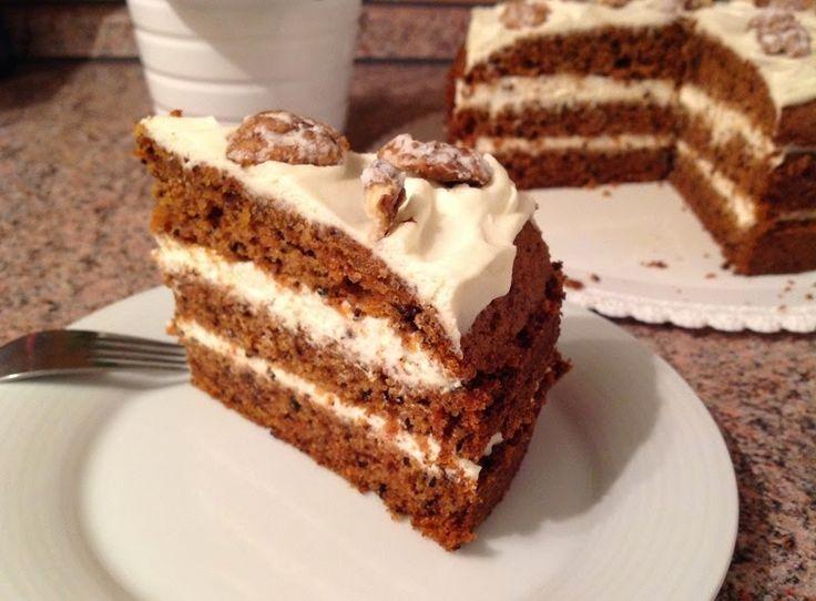 VÍKENDOVÉ PEČENÍ: Mrkvový dort s javorovým sirupem