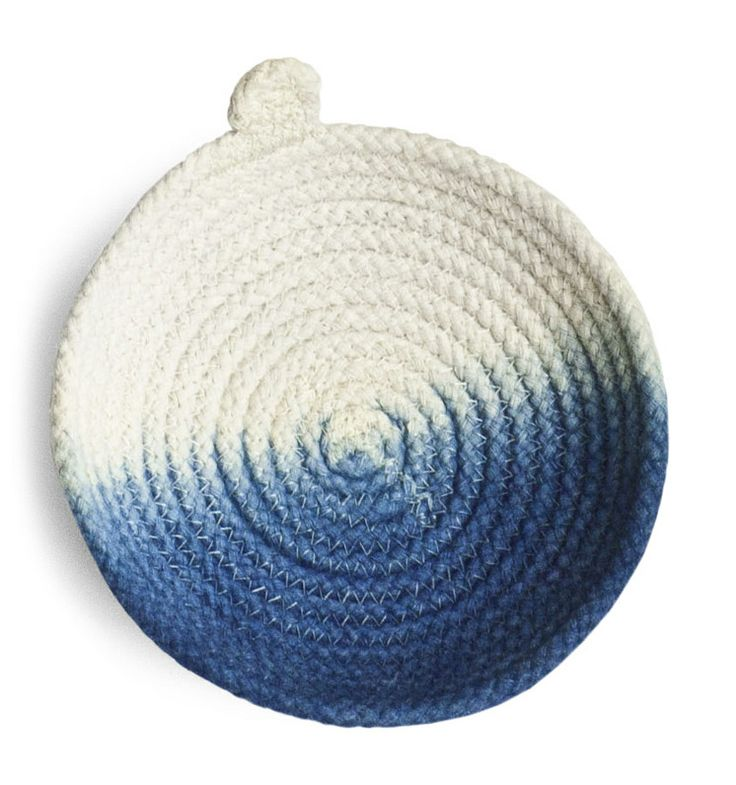 Rope Vessel | Gemma Patford & Vic Pemberto | Hermon & Hermon | http://www.hermonhermon.com.au  #rope #ombre