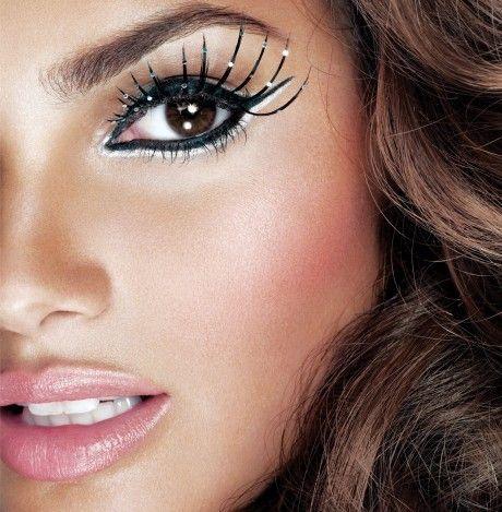 Google Image Result for http://s1.favim.com/orig/16/dope-girl-gorgeous-lashes-makeup-Favim.com-192068.jpg