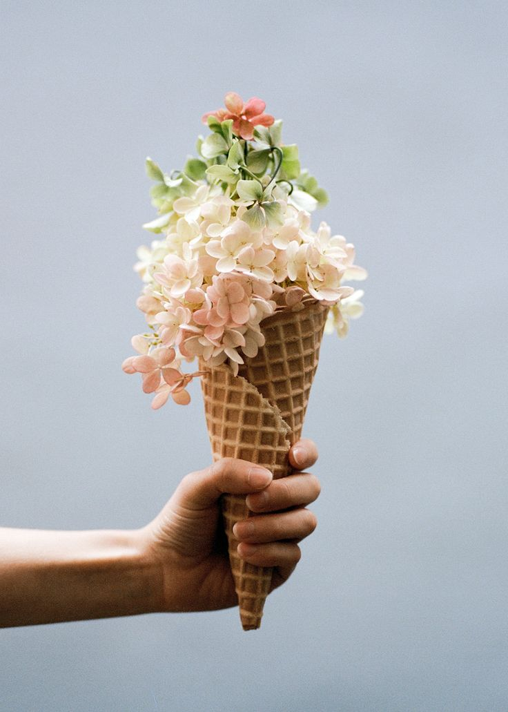 17 Best Images About Ice Cream Cone Wedding Bouquet On Pinterest Happy Monday Vases And Ice