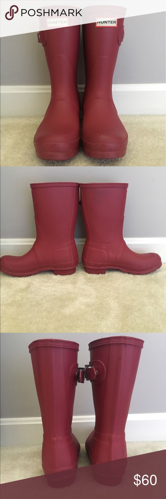 Short Hunter Rain Boots in Magenta Used short Hunter rain boots in magenta. Some scuff marks on front and sides, but otherwise in great condition! Hunter Shoes Winter & Rain Boots
