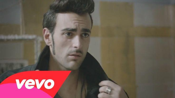 L'essenziale trai i  10 video musicali più visti di Youtube Italia nel 2013 - http://www.daringtodo.com/lang/it/2013/12/12/i-10-video-musicali-piu-visti-di-youtube-italia-nel-2013/