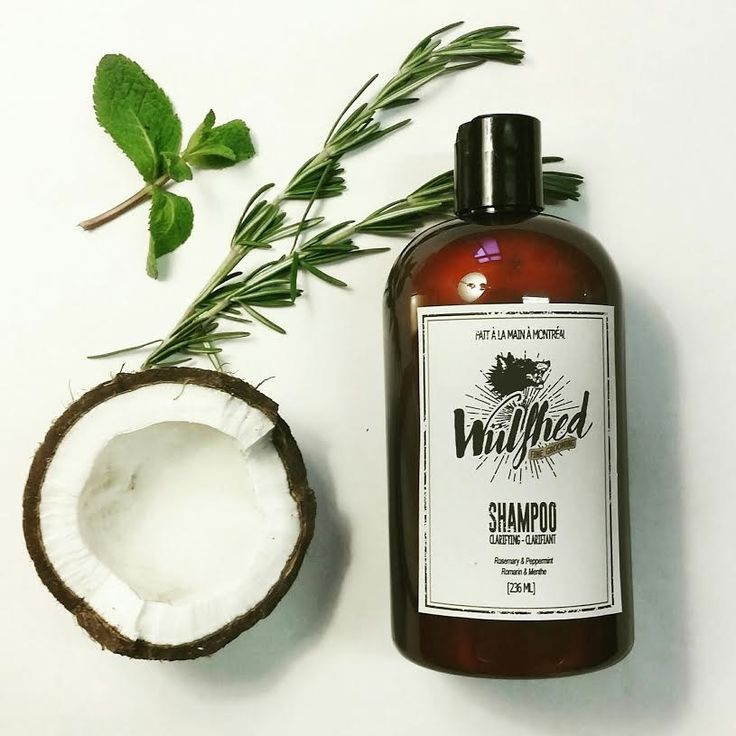 Formulated with peppermint and rosemary to strengthen the hair and protect against environmental damage. This shampoo is perfect for removing build up from styling products without stripping your h...