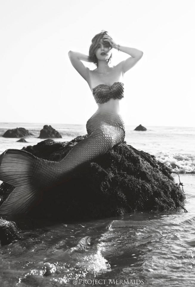 "...do a ""Project Mermaids"" photoshoot :)<3"