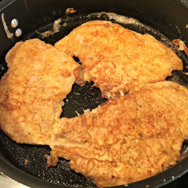 This is an easy weeknight recipe that takes thinly sliced chicken breasts and pairs them with a light lemon sauce- perfect for serving along side a bed of pasta! Kids will love this recipe for easy weeknight chicken francaise!