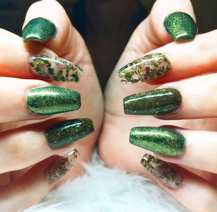 Best 25 weed nails ideas on pinterest long nails matt nails weed nail art using actual marijuana prinsesfo Gallery