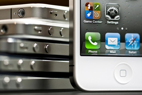 Apple iPhone rumor roundup: Liquidmetal, in-cell touch panels and more