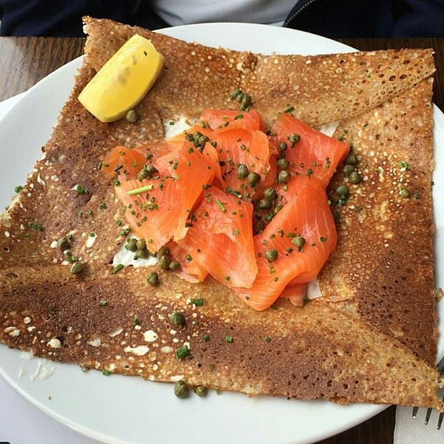 The ever-popular smoked salmon galette // photo by @snguyennx