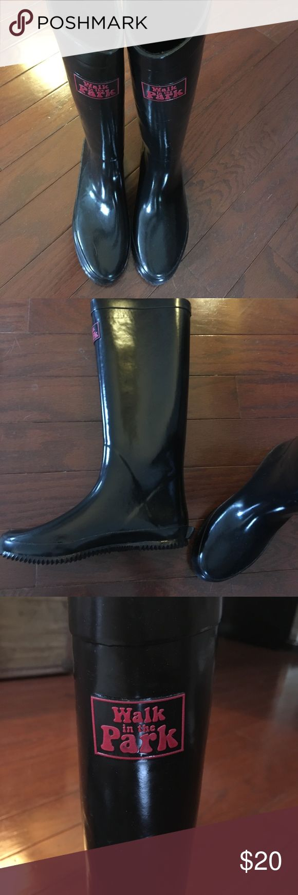 Black Rubber Rain Boots with Fleece Lining Walk in the Park boots - worn only once and looks brand new!! Soft fleece interior Walk in the Park Shoes Winter & Rain Boots