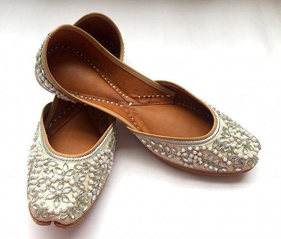 Bridal Shoes India: White Bridal Shoes With Silver