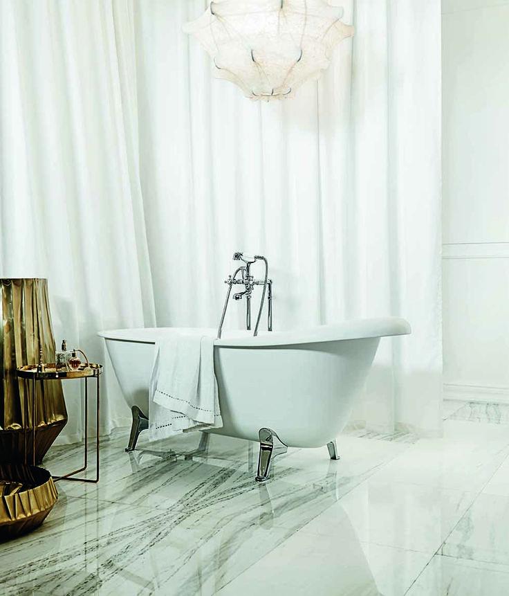Agorà bath-tub