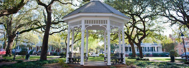 Las bodas en Savannah, con lugares hermosos en toda la ciudad, se celebran como en ningún otro.