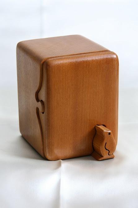 les 25 meilleures id es de la cat gorie compartiments cach s en exclusivit sur pinterest. Black Bedroom Furniture Sets. Home Design Ideas