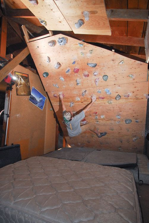 climbing walls in homes   READ ABOUT MY CURRENT WALL HERE. 17 Best ideas about Home Climbing Wall on Pinterest   Indoor