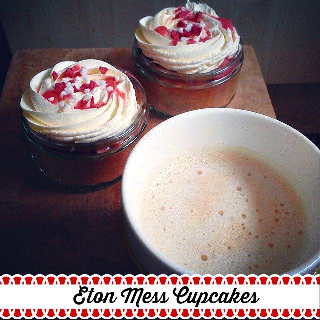 Eton mess Cupcakes in pots - recipe - Cakes Photos Life