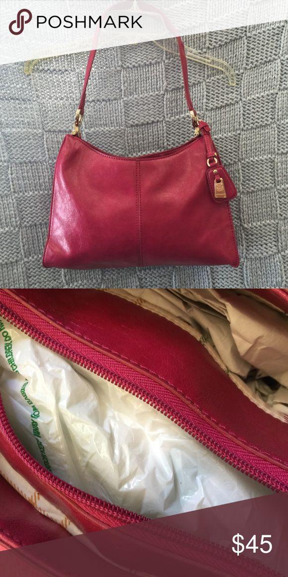 Liz Claiborne leather bag brand new Liz Claiborne leather bag brand new Liz Claiborne Bags Mini Bags