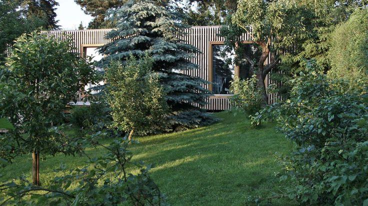 Dom s Lipou - záhrada
