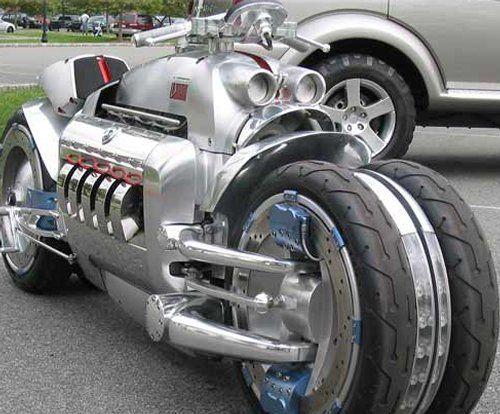 Top 10 des motos commercialisées les plus rapides du monde