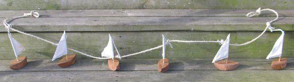 Nautical_Sailboat_Garland