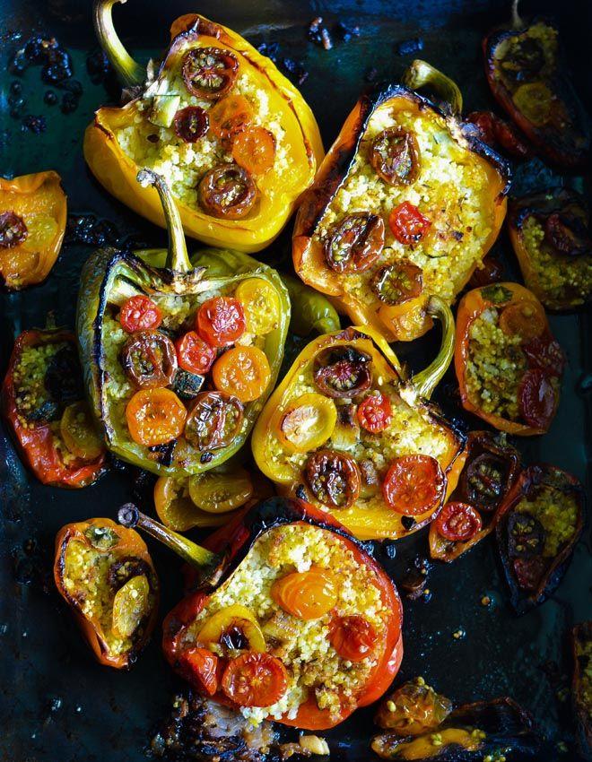die besten 25 gef llte paprika vegetarisch ideen auf pinterest gef llte paprika im ofen. Black Bedroom Furniture Sets. Home Design Ideas