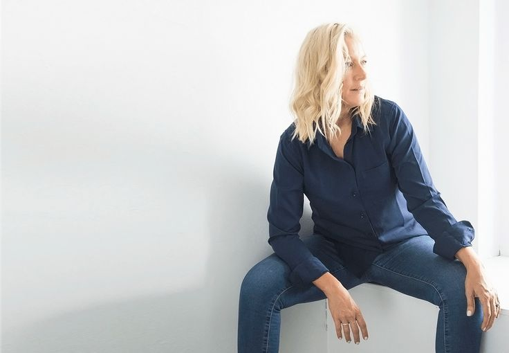 Found! The perfect silk shirts that wont break the bank & how to style them.
